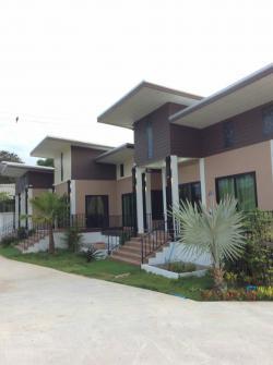 บ้านสร้างใหม่ให้เช่าพร้อมสระว่ายน้ำ resort style houses with pool to rent