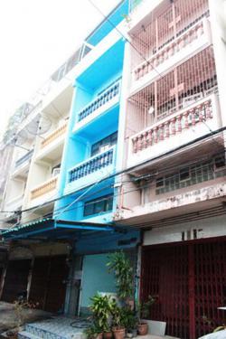 ให้เข่า อาคารพาณิชย์ 4 ชั้น หมู่บ้านเพชรเกษม2 3ห้องนอน 2ห้องน้ำ ใกล้เดอะมอลล์บางแค 9,000 บาท