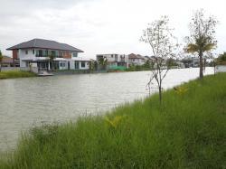 ขายที่ดิน ในตัวเมืองสุพรรณบุรี ถมแล้ว ติดทะเลสาบ บรรยากาศดีมาก