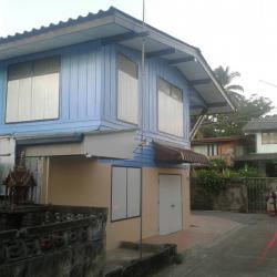 ขายบ้านสองชั้นพร้อมที่ดิน 50 ตร.ว. ใจกลางเมือง ใกล้วัดพระพุทธชินราช จ.พิษณุโลก 990,000 บาท ราคาถูกมาก