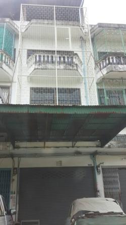 ขายบ้านตึกแถว3ชั้น ท่าข้าม บางขุนเทียน เหมาะทำออฟฟิตและพักอาศัย ต่อเติมแล้ว ปูกระเบื้องทุกชั้นถึงดาดฟ้า