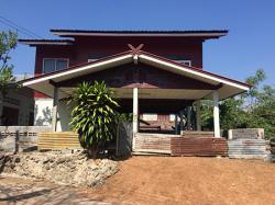 ขายบ้านพร้อมที่ดินราคาถูก6แสนเท่านั้น บ้านไม้เดี่ยวยกสูง อรัญประเทศ สระแก้ว