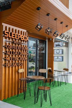 SLEEPBOX CAPSULE โรงแรมแคปซูล สลีปบ๊อกซ์ สุราษฎร์ธานี เปิดบริการห้องพักแบบรายเดือน