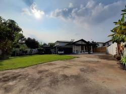 ขายถูกมาก ที่ดิน+บ้าน 185 ตรว. ซ.รามอินทรา 8 บ้านเดี่ยว 1 ชั้น 2 หลังติดกัน แปลงมุม ส่วนตัว