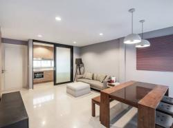 Pet friendly Noble Cube Pattanakarn Townhouse for Rent