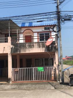 ขายถูก ทาวน์เฮาส์ หมู่บ้านฟ้าไทย ใกล้หมู่บ้านแม่ฟ้าหลวง จังหวัดเชียงราย พร้อมผู้เช่า !!!