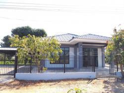 ขายบ้านเดี่ยว 1 ชั้น เนื้อที่ 89 ตร.ว ม.ช่องสาริกา สาย 3 (บ้านใหม่) พัฒนานิคม ลพบุรี