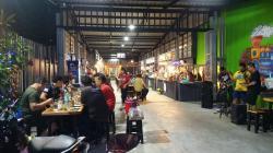 ให้เช่า ล็อคขายอาหารและเครื่องดื่ม เปิดจองด่วน เทอดไท 33 ตลาดพลูติดทางรถไฟ ธนบุรี กรุงเทพมหานคร