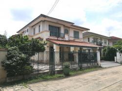 ขายด่วน บ้านเดี่ยว 2 ชั้น หมู่บ้านมัณฑนา ซอยวัดพระเงิน (วงแหวน-ปิ่นเกล้า) พร้อมแอร์ และเครื่องไฟฟ้าบางส่วน ทำเลดี