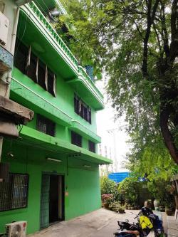 อพาร์ทเมนท์ ห้องเช่า หอพัก ซอยเจริญนคร 20 ใกล้ BTS กรุงธนบุรี ราคาถูก 2000-2200 บาท/เดือน