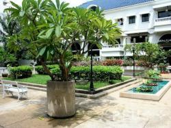 ขายหรือให้เช่าห้องเพนท์เฮ้าส์ เกียรติธานี ซิตี้ แมนชั่น (Kiarti Thanee City Mansion) ทำเลดี ใจกลางอโศก ใกล้ MRT เพชรบุรี