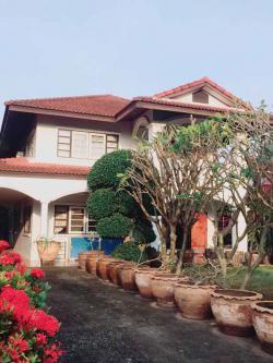 ขายบ้าน พร้อมอยู่ 2 ชั้น เนื้อที่ 400 ตรว อำเภอเมือง จังหวัดนนทบุรี สนใจติดต่อ 0861675544