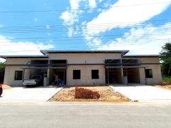 ขายทาวน์โฮมสร้างเสร็จพร้อมอยู่ 2ห้องนอน 2ห้องน้ำ 27ตรว. ราคา 799,000 บาท