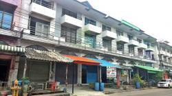 หมู่บ้าน ปัญญานคร เทศบาลบางปู 89 ขายด่วน อาคารพาณิชย์ 3.5 ชั้น เนื้อที่ 17.80 ตร.ว ทำเลดี เหมาะประกอบกิจการ ออฟฟิต พักอาศัย