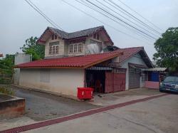 ขายที่ดินพร้อมบ้าน ติดถนน เดินทางสะดวก ในกาญจนบุรี