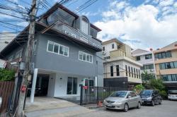 ขายบ้าน 4 ชั้น ในทาวน์อินทาวน์ ขายขาดทุนเจ้าของขายเอง 79 ตรว. 6 ห้องนอน ไม่มีคนอยุ่อาศัย