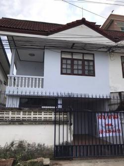 เช่า/ขาย บ้านแฝด 2 ชั้น 4 ห้องนอน 3 ห้องน้ำ เนื้อที่ 20 ตร.วา (พัทยา จอมเทียน)