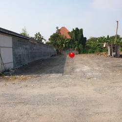 ให้เช่าที่ดินถมแล้ว ราคาถูก ติดถนนซอยนิมิตใหม่ 53 พื้นที่สวย ราคาถูก เนื้อที่ 100 ตารางวา ราคาเพียง 7,000 บาท ต่อเดือน