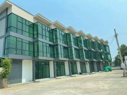 ขายอาคารพาณิชย์เพื่อการลงทุน 3 ชั้น (จำนวน 3 คูหา) อำเภอเมือง แพร่ โทร 083 153 9900
