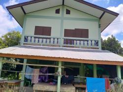 ต้องการขายบ้าน บ้านติดกับถนน ใกล้ตลาด ที่ทำการอำเภอ จังหวัดสุโขทัย ติดต่อ 0923540929