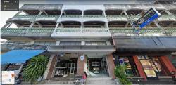 ขายอาคารพาณิชย์ ถ.ประชาอุทิศ ซ.สุขเสมอ กลางเมืองชุมพร 2 คูหาติดกัน ตกแต่งสวยใหม่ อุปกรณ์ครบครัน โทร 081-8927543