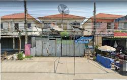 หมู่บ้านอมรทรัพย์ อยู่วิทยา16 ขายด่วน บ้านแฝด 2 ชั้น 2 หลังคู่ (แบ่งขาย) เนื้อที่ 19.30 ตร.ว ทำเลดี เหมาะพักอาศัย ออฟฟิศ ประกอบธุรกิจ ค้าขาย